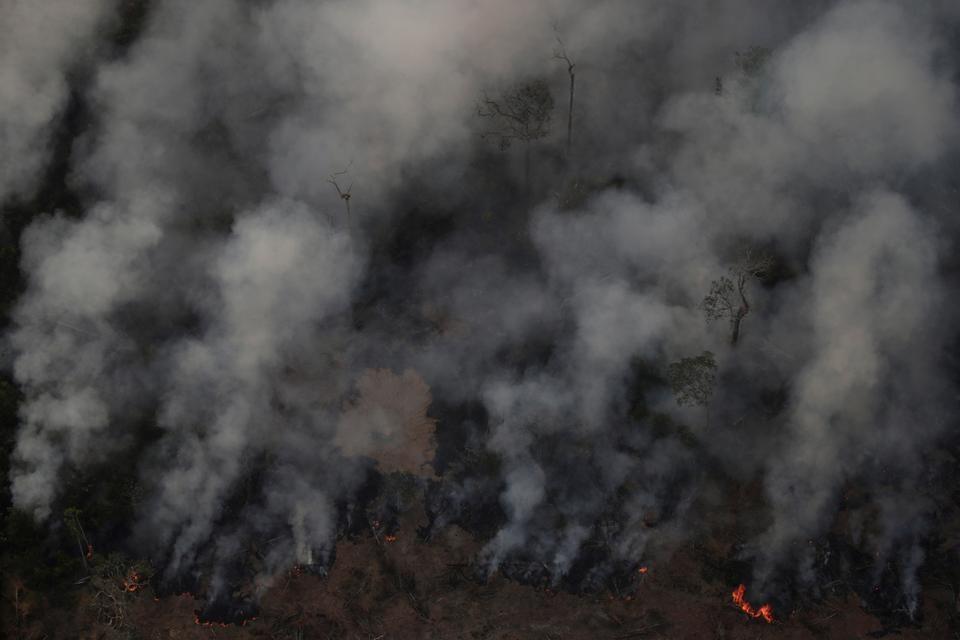 亞馬遜雨林大火肆虐,巴西政府27日表示,巴西歡迎所有協助撲滅亞馬遜森林大火的外國金援,但前提是由巴西決定如何運用。(檔案照片/路透社提供)