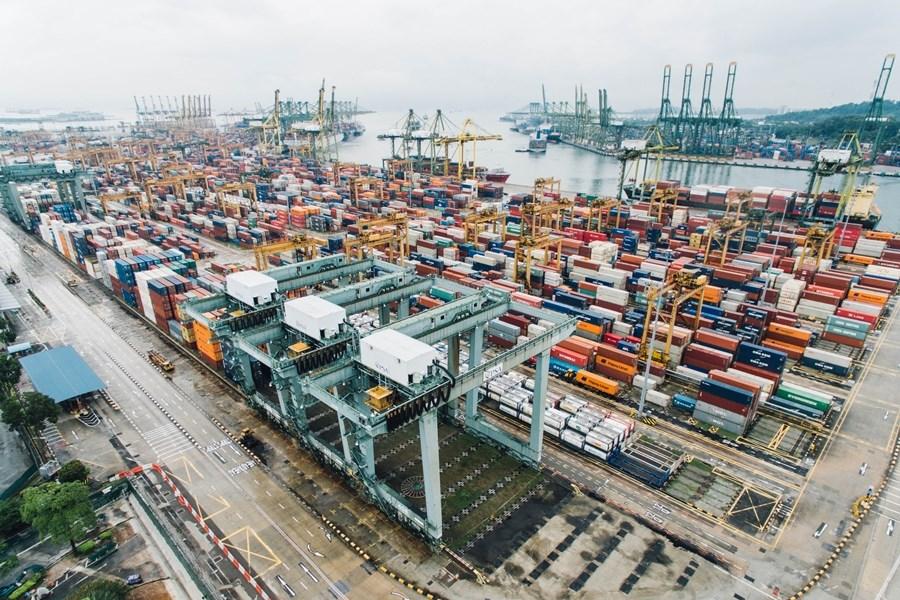 中美貿易戰開打迄今一年餘,中國第3輪關稅報復1日部分上路,對原產於美國的5078個稅目、約750億美元商品,加徵10%、5%不等關稅。(示意圖/圖取自Unsplash圖庫)
