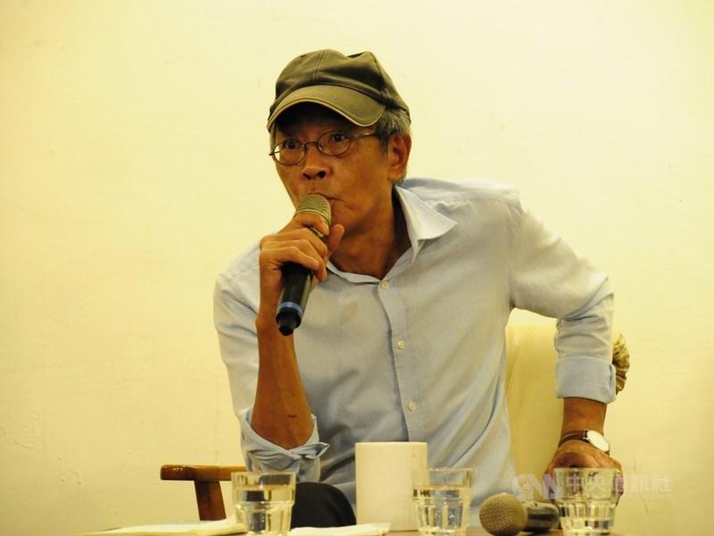 香港銅鑼灣書店在台重建線上募款5日啟動。發起人林榮基表示,他深覺只有讀書才能對抗獨裁政權,因此決意重開書店。(中央社檔案照片)