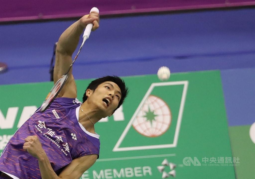 目前世界排名第2的台灣羽球一哥周天成,8日在2019台北羽球公開賽男單決賽中,成功擊敗南韓選手許侊熙,奪下冠軍。中央社記者張新偉攝 108年9月8日