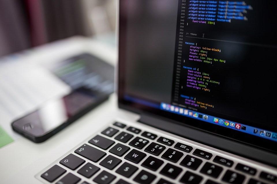 台商回流腳步不斷,以網通、資通訊及自行車產業先行,有意回台廠商2018年9月至10月間就從20多家成長至超過40家,範圍也逐漸擴及多樣產業。(示意圖/圖取自Pixabay圖庫)