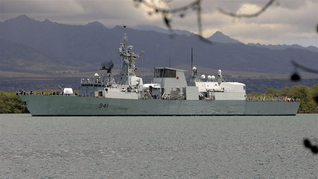 加拿大海軍「渥太華」號巡防艦10日上午從北往南穿越台灣海峽。(檔案照片/圖取自維基共享資源,版權屬公眾領域)