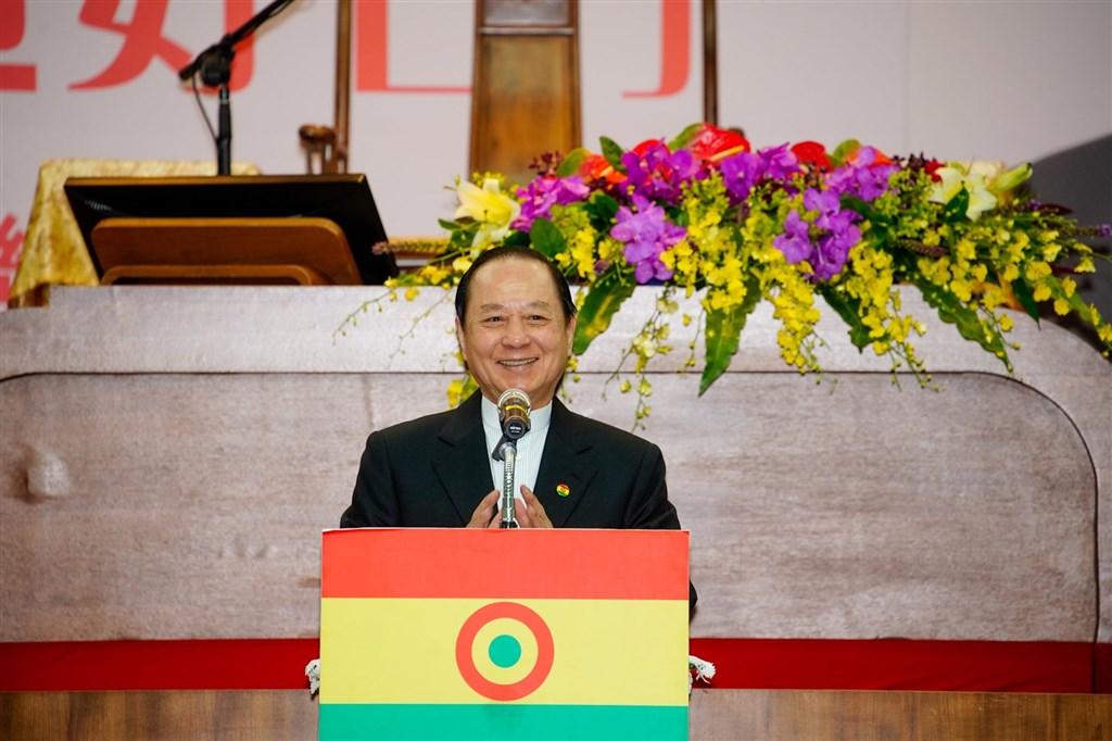 國會政黨聯盟主席悟覺妙天(圖)同時擔任台灣藝術電視台董事,並持有7成股份。NCC依違反黨政軍條款,罰台灣藝術台新台幣200萬元。(圖取自facebook.com/CongressPartyAlliance)