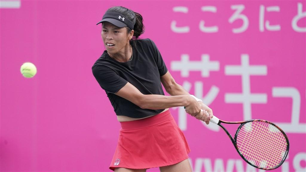 台灣網球一姐謝淑薇(圖)11日歷經超過2小時、3盤激戰,最後逆轉扳倒澳洲小將韓天遇。(圖取自twitter.com/WTA)