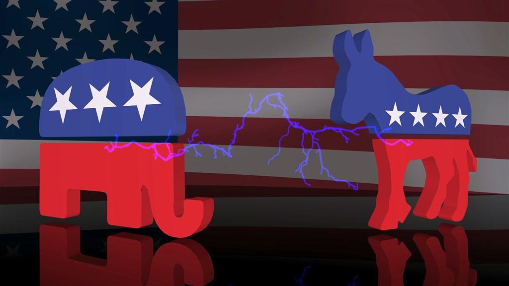 美國左派和右派的新聞消費方式不對稱,共和黨民眾集中在高度政黨傾向的少數新聞媒體,而民主黨民眾接觸的媒體較廣泛且多樣化。(示意圖/圖取自Pixabay圖庫)