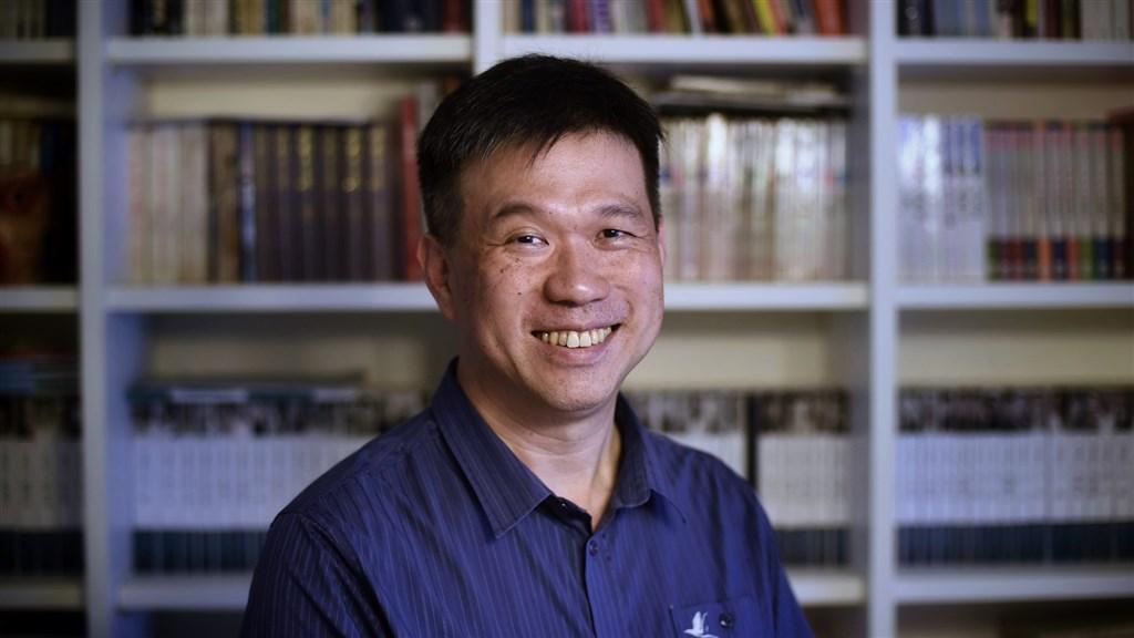 一直致力於網路文學觀察的國立東華大學副教授須文蔚認為,網路世界讓每個人既是讀者也是作家,可以說是「讀寫者」的時代到來。(中央社記者王飛華攝)