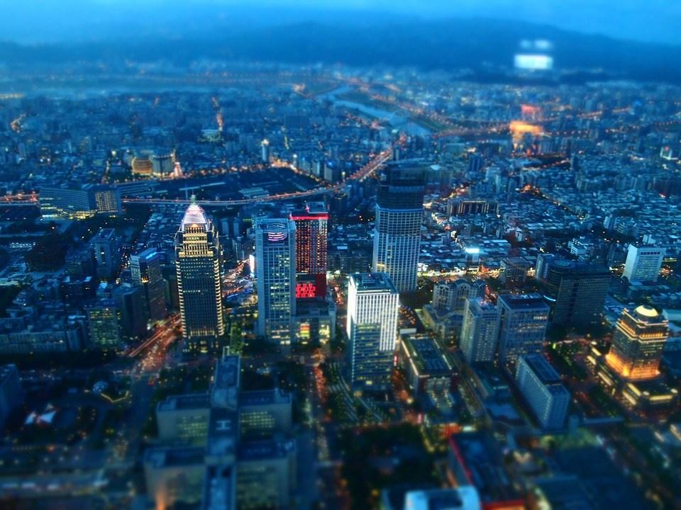 瑞士洛桑管理學院26日發布2019「世界數位競爭力評比報告」,台灣全球第13,較去年上升3名。(圖取自Pixabay圖庫)