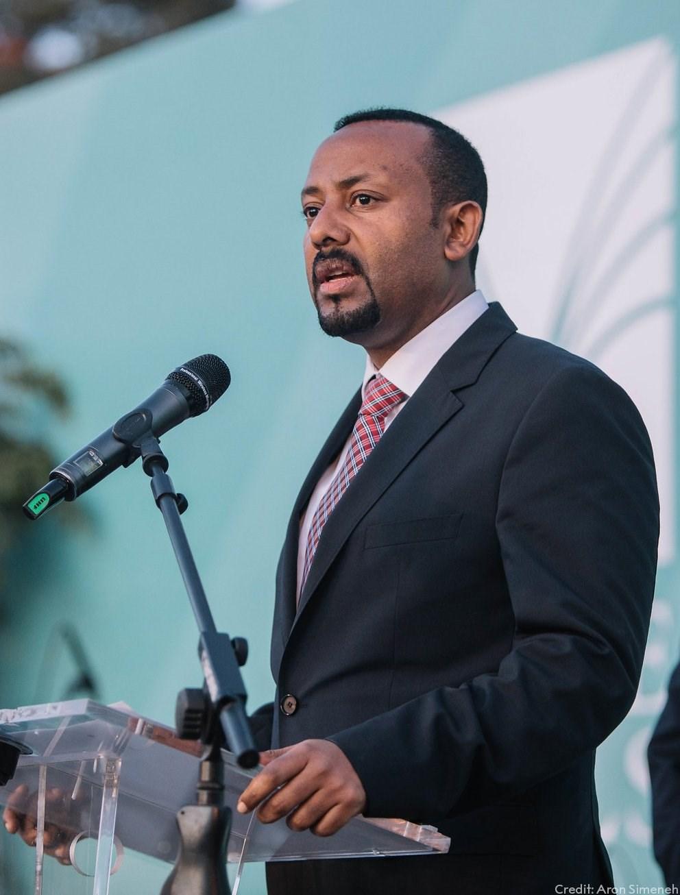 2019年諾貝爾和平獎由衣索比亞總理阿邁德(前)獲得殊榮。(圖取自twitter.com/NobelPrize)