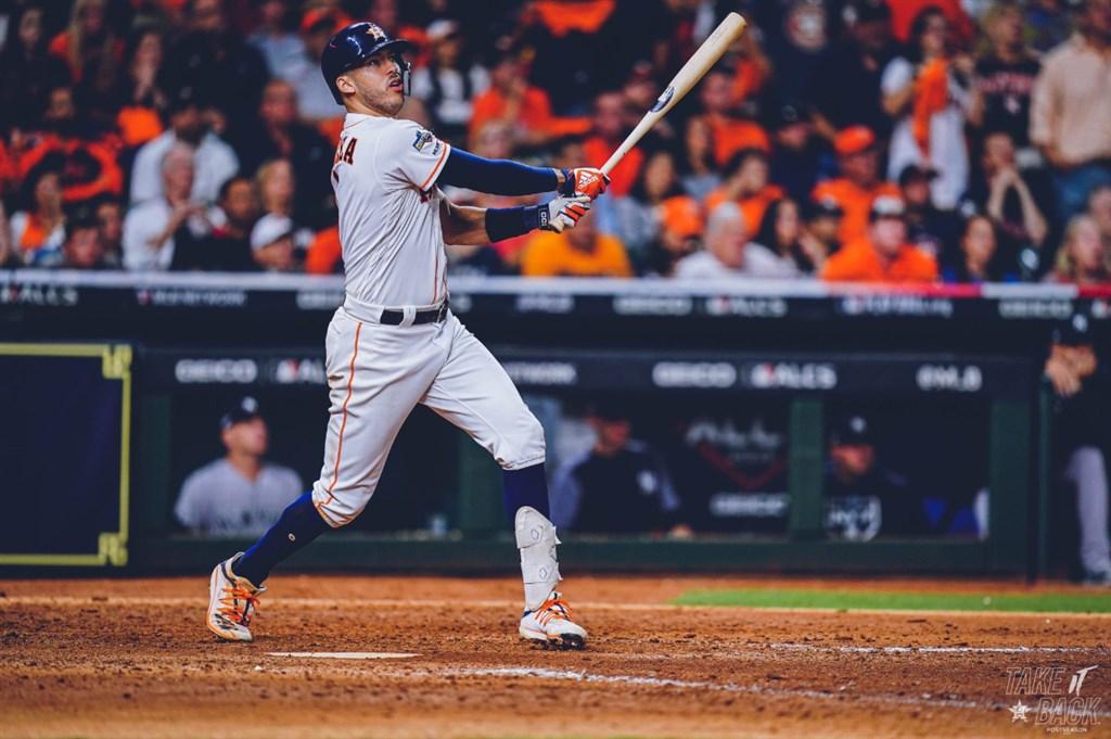 美國職棒大聯盟MLB休士頓太空人與紐約洋基13日美聯冠軍賽第2戰一路殺進延長賽,太空人靠柯利亞11局下半的再見全壘打,以3比2險勝。(圖取自twitter.com/astros)