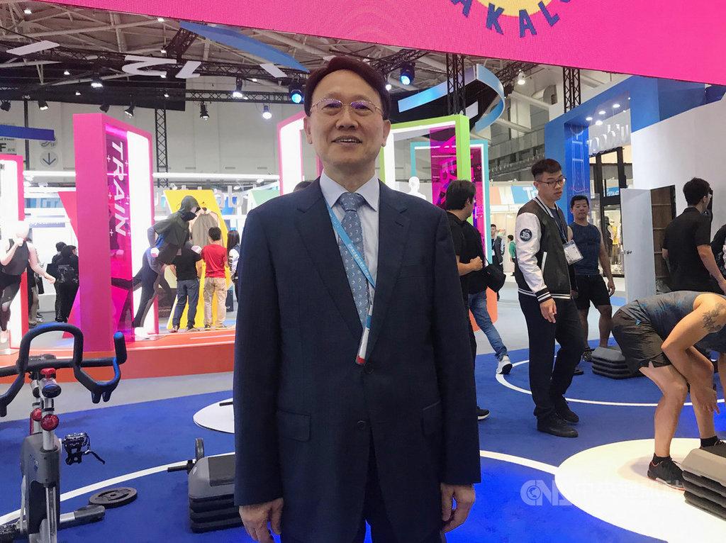 聚陽董事長周理平表示,今年營運豐收,明年持續保正成長。中央社記者潘羿菁攝  108年10月15日