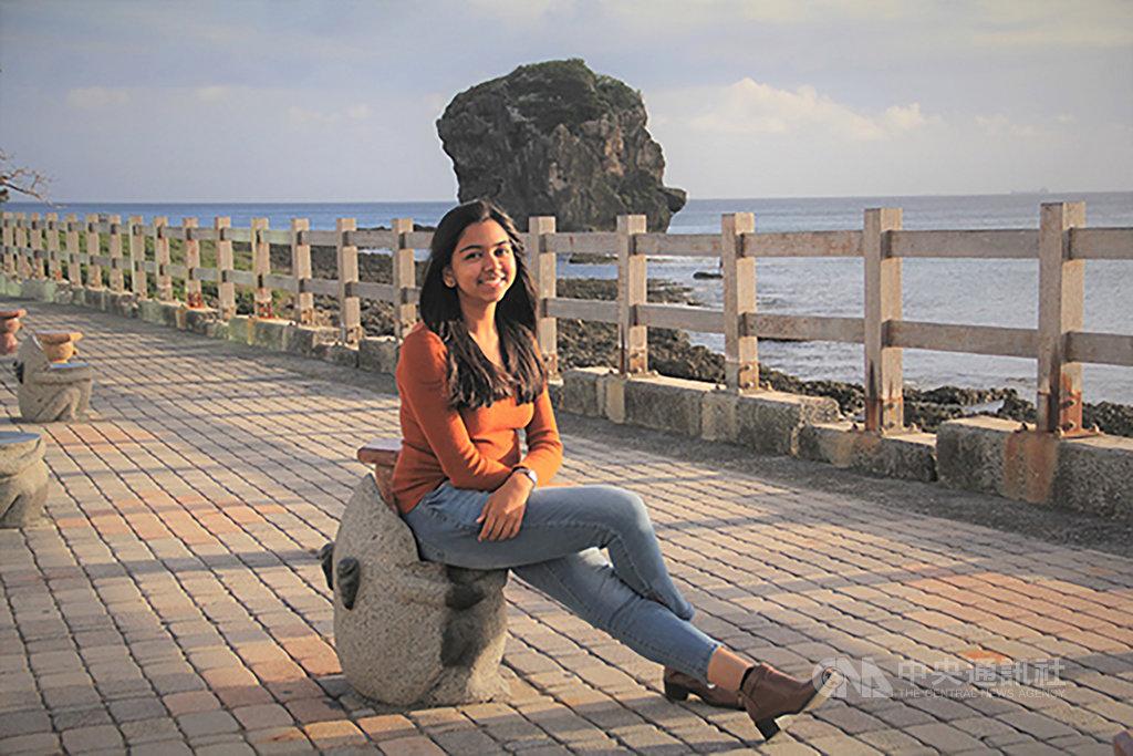 來自印度的蘇珊媞(Sushanthi Poovendhan)透過教育部台灣獎學金計畫來台留學,她希望深入研究農業生物技術領域,期盼自己所學能幫助印度農民防治病蟲害。(蘇珊媞提供)中央社記者許秩維傳真 108年10月16日