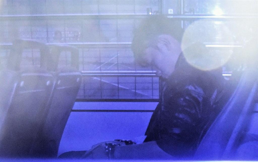 涉嫌在台灣殺害女友的香港男子陳同佳(圖)表達出獄後願意赴台自首,香港警方18日致函台灣刑事局,轉達陳同佳自首意願。(檔案照片/中通社提供)