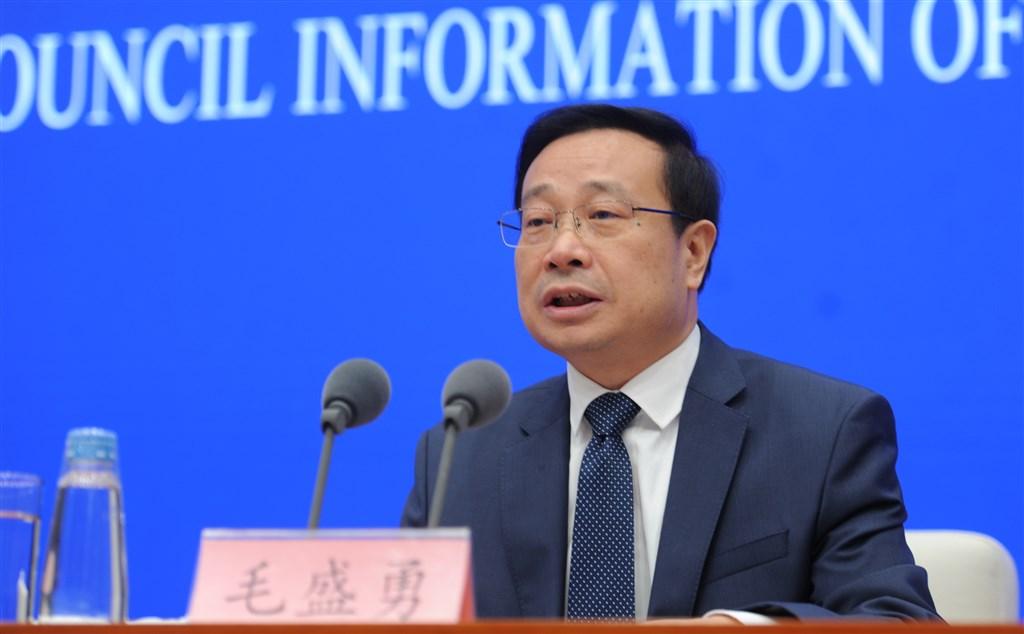 中國國家統計局發言人毛盛勇18日在新聞發布會公布,中國前3季度GDP總值為人民幣69兆7798億元。(檔案照片/中新社提供)