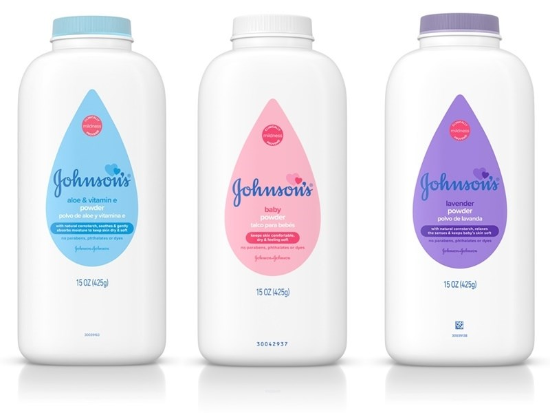 嬌生集團18日首度因石棉汙染疑慮宣布回收旗下招牌產品嬰兒爽身粉,同時也是美國監管單位首度宣布在嬌生產品發現石棉。(圖取自嬌生公司網頁johnsonsbaby.com)
