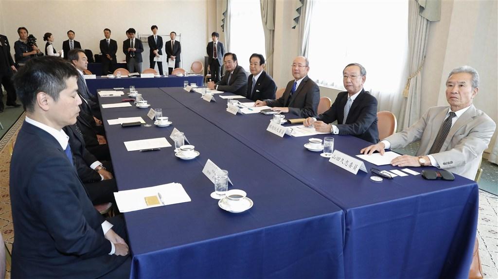 日本職棒21日召開頒給先發完投型投手的澤村賞評審委員會,決定2019年得主「從缺」,這是日職史上第5次。(共同社提供)