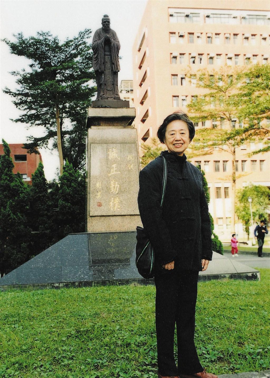 前輩鋼琴家也是音樂教育家吳漪曼24日過世,享壽88歲。(圖取自開放博物館共享資源;典藏者國立傳統藝術中心臺灣音樂館,CC BY-NC-SA 3.0 TW)
