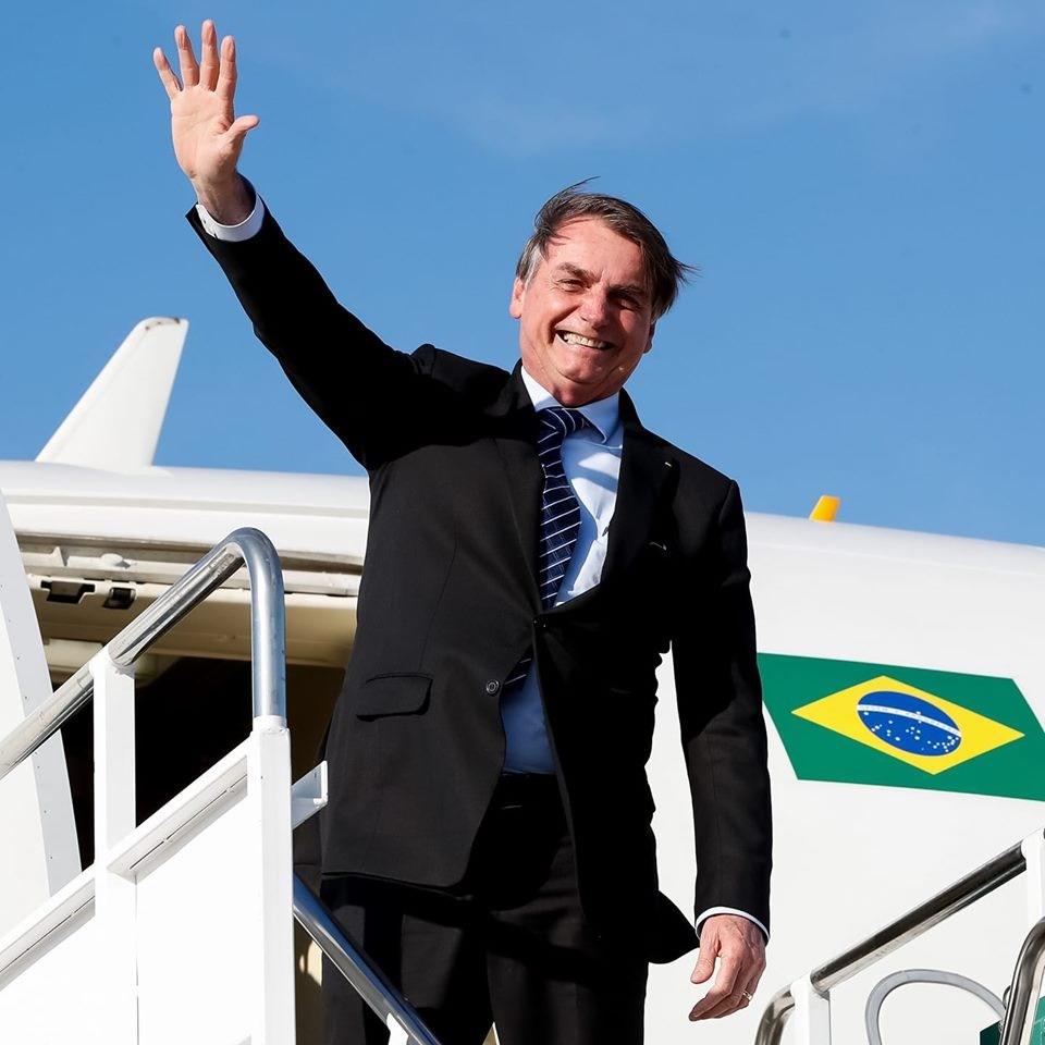 巴西總統波索納洛24日抵達中國大陸,為推進國家經濟發展,一改過往的敵對姿態,期盼北京政府加強投資巴西。(圖取自facebook.com/jairmessias.bolsonaro)