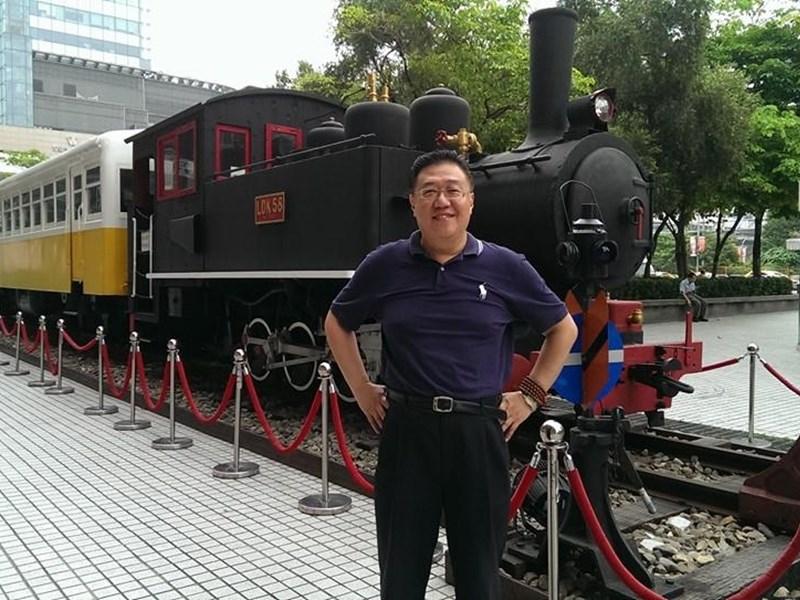 師大退休副教授施正屏傳在中國大陸失蹤1年3個月,校方表示目前正和家屬瞭解中。(圖取自施正屏臉書facebook.com)