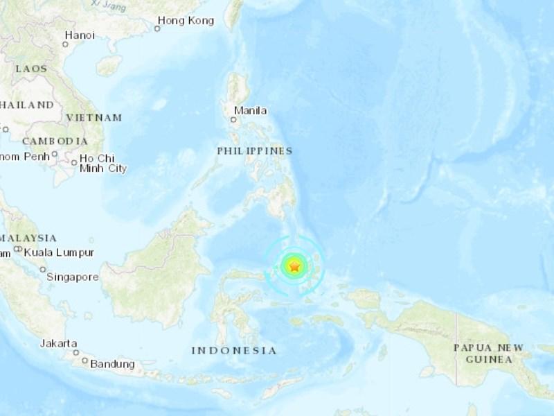 印尼摩鹿加群島附近14日發生規模7.1強震,當局一度發布海嘯警報。(圖取自美國地質調查所網頁earthquake.usgs.gov)