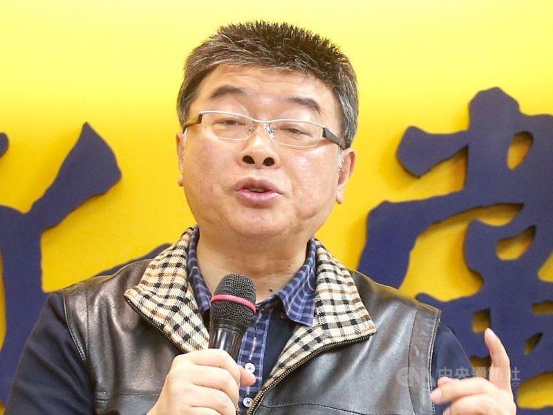 前立委邱毅15日在臉書發文表示,他決定退出國民黨不分區立委名單。(中央社檔案照片)