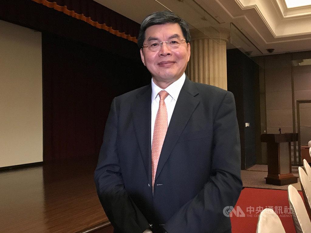 國泰金18日舉辦第3季法說會,總經理李長庚受訪表示,若香港抗爭持續,集團已研議相關備援方案。中央社記者劉姵呈攝 108年11月18日