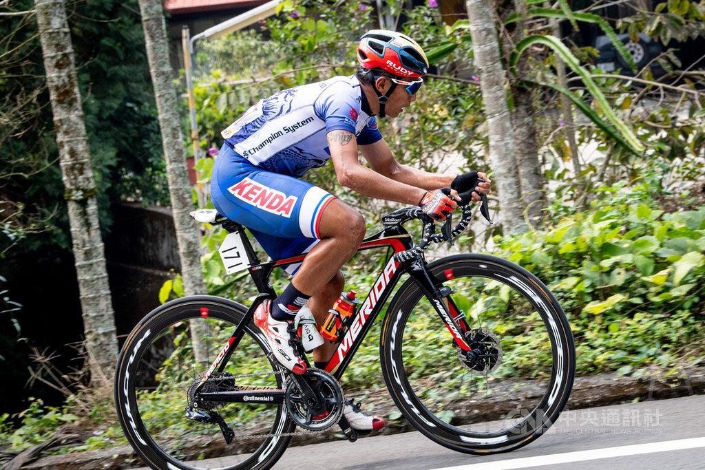 國際自由車總會正式公告,台灣自由車好手馮俊凱確定取得2020東京奧運公路賽參賽門票,這也是他自2008年北京奧運後,再度叩關奧運。(巴林美利達車隊提供)中央社記者龍柏安傳真 108年11月19日