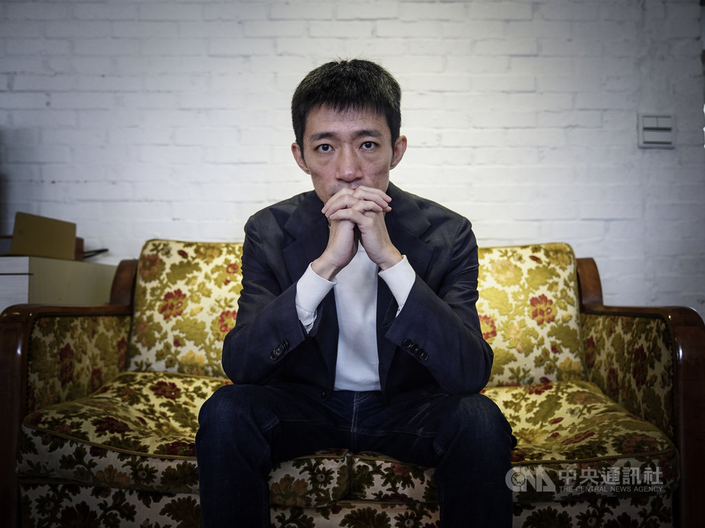 國片「返校」從2017年下旬啟動電影計畫,在2019年香港反送中運動越演越烈、港台兩地社會更重視自由民主價值之時上映,也讓導演徐漢強與這部電影,一下就被推到時代的最前線。中央社記者徐肇昌攝 108年11月20日