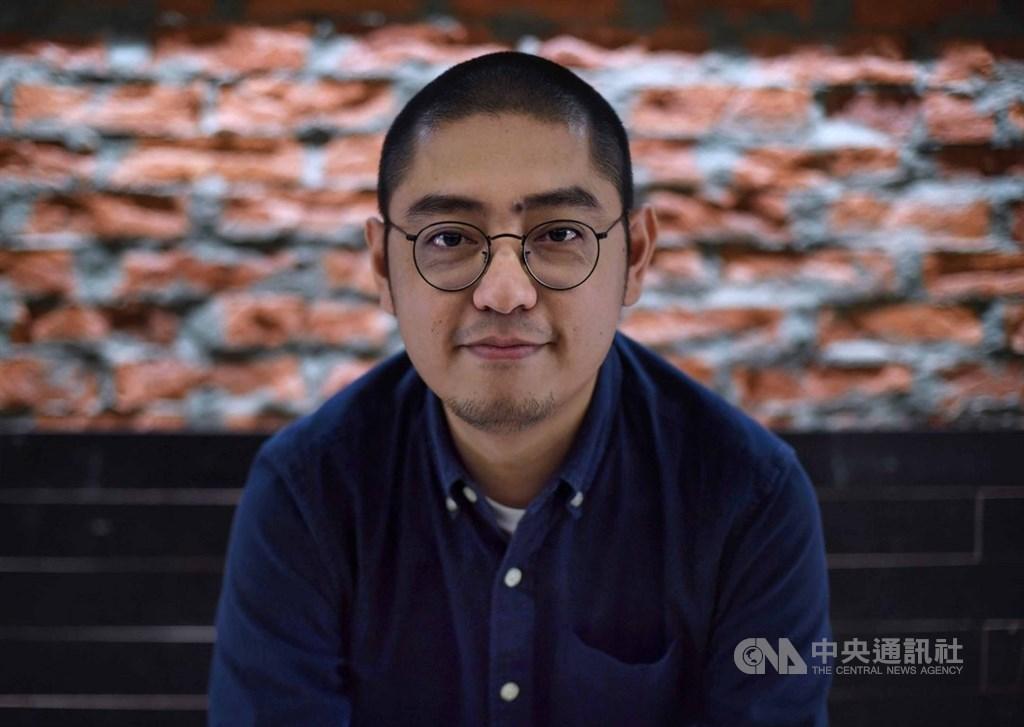 香港紀錄片「戲棚」聚焦與香港戲曲、民俗文化關係密切的戲棚,獲本屆金馬獎最佳紀錄片提名。導演卓翔(圖)以戲棚作為影片主角,並以攝影機為香港特有的戲曲文化畫下一幅肖像。中央社記者王飛華攝 108年11月20日