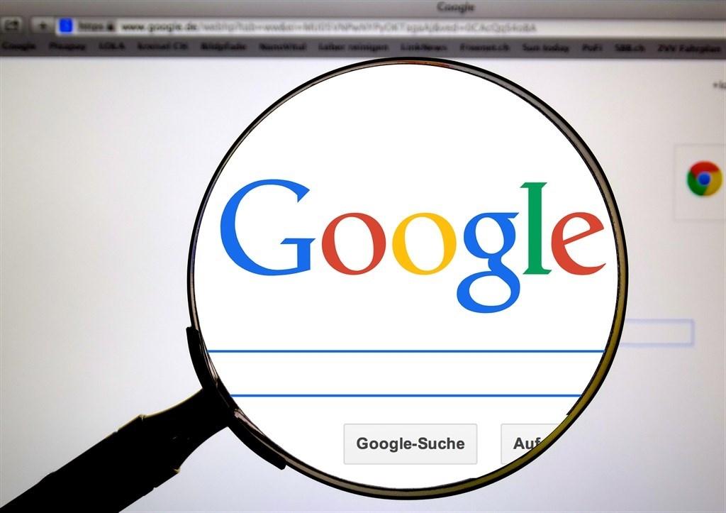 國際特赦組織20日表示,Google及Facebook藉由提供民眾免費網路服務,再使用用戶資訊精準投放賺錢廣告,危及包括意見及言論自由在內的權利。(圖取自Pixabay圖庫)