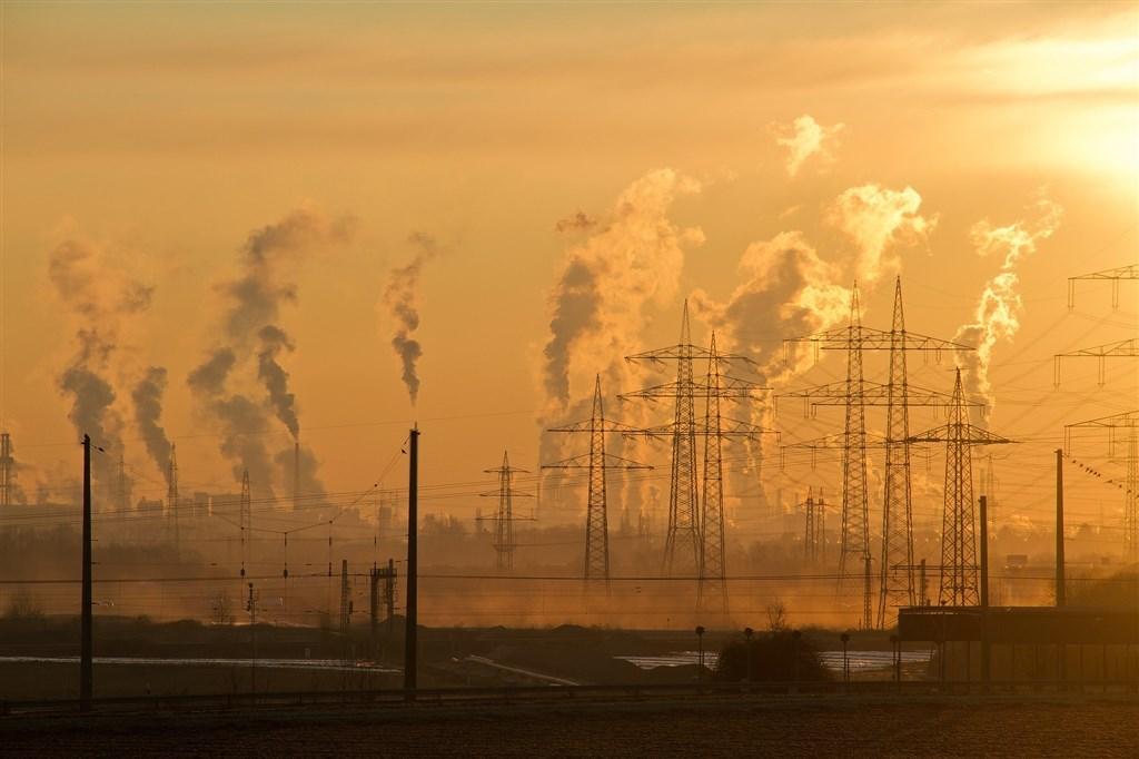 聯合國世界氣象組織25日說,大氣中的溫室氣體濃度在2018年創下新高。(示意圖/圖取自Pixabay圖庫)