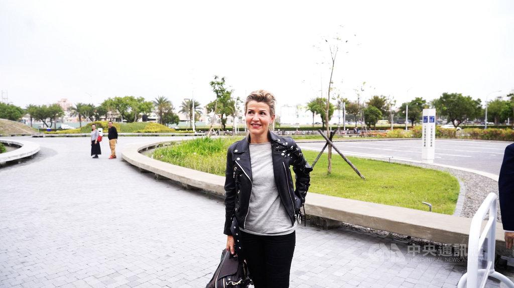德國知名小提琴家安-蘇菲.慕特(Anne-SophieMutter)來台演出,她盛讚衛武營國家藝術文化中心的音響非常棒,「是我去過的音樂廳中數一數二的」。(牛耳藝術提供)中央社記者趙靜瑜傳真 108年12月1日