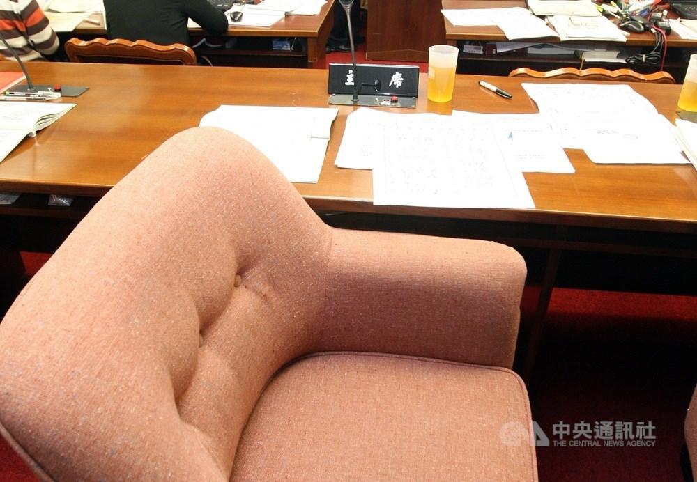 立法院程序委員會3日將國民黨立法院黨團提出的「反併吞中華民國法草案」,列入在6日院會的報告事項中。(中央社檔案照片)