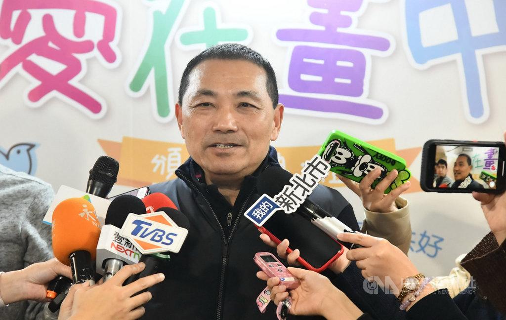 新北市長侯友宜(圖)3日受訪表示,中國國民黨總統參選人韓國瑜的新北競選總部主委是400萬市民,市民的支持才是最大的力量。(新北市府提供)中央社記者黃旭昇新北傳真 108年12月3日