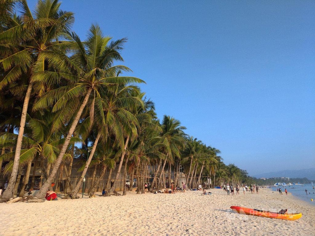 菲律賓觀光部9日表示,2019年1到10月菲律賓外國旅客較2018年同期成長15.04%,達680萬52人次。圖為菲律賓長灘島(Boracay),攝於9月24日。中央社記者陳妍君長灘島攝 108年12月9日