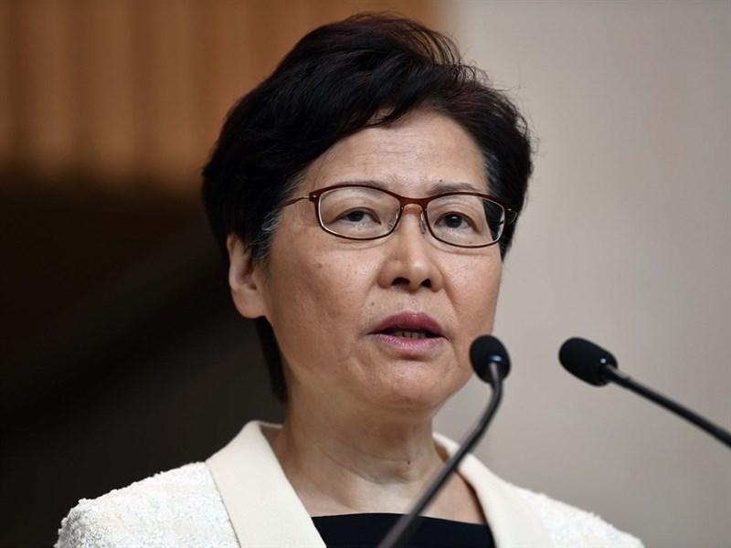 香港行政長官林鄭月娥14日前往北京,展開為期4天的述職行程,據報導16日將分別獲習近平和李克強接見,並匯報香港的最新情況。(檔案照片/中新社提供)