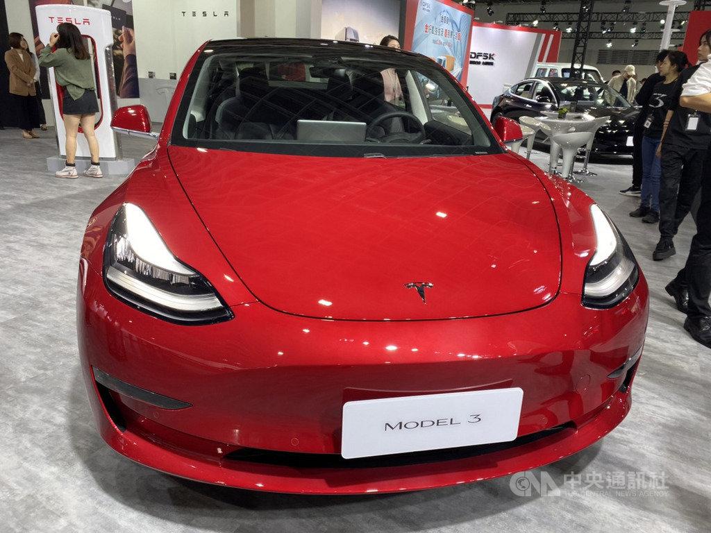 電動車大廠特期拉(Tesla)宣布Model 3在台灣12月掛牌數已突破千輛,有機會改寫電動車於台灣單月掛牌紀錄,明年將達成25座超級充電站。中央社記者韓婷婷攝 108年12月27日
