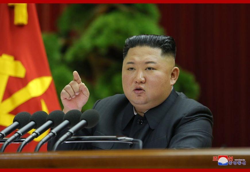 北韓官方新聞社報導,領導人金正恩28日晚間召開朝鮮勞動黨第7屆中央委員會第5次全體會議(五中全會),討論重要政策問題。(圖取自北韓中央通信社網頁kcna.kp)