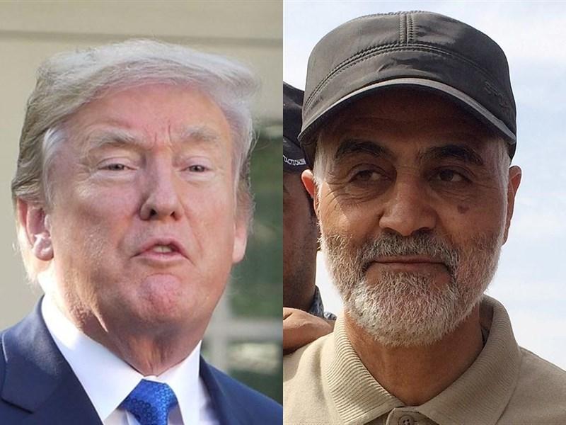美國總統川普(左)下令狙殺伊朗軍、情最重要將領蘇雷曼尼(右),恐推向與伊朗開戰邊緣。(左圖為中央社檔案照片,右圖為路透社提供)