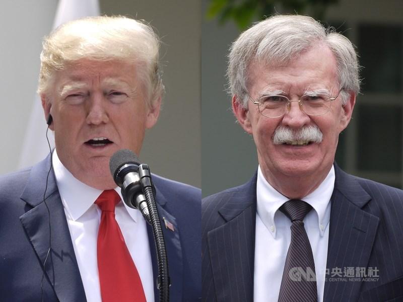 美國總統川普(左)的前國家安全顧問波頓(右)6日表示,他願意在即將舉行的聯邦參議院彈劾川普審判中作證。(中央社檔案照片)