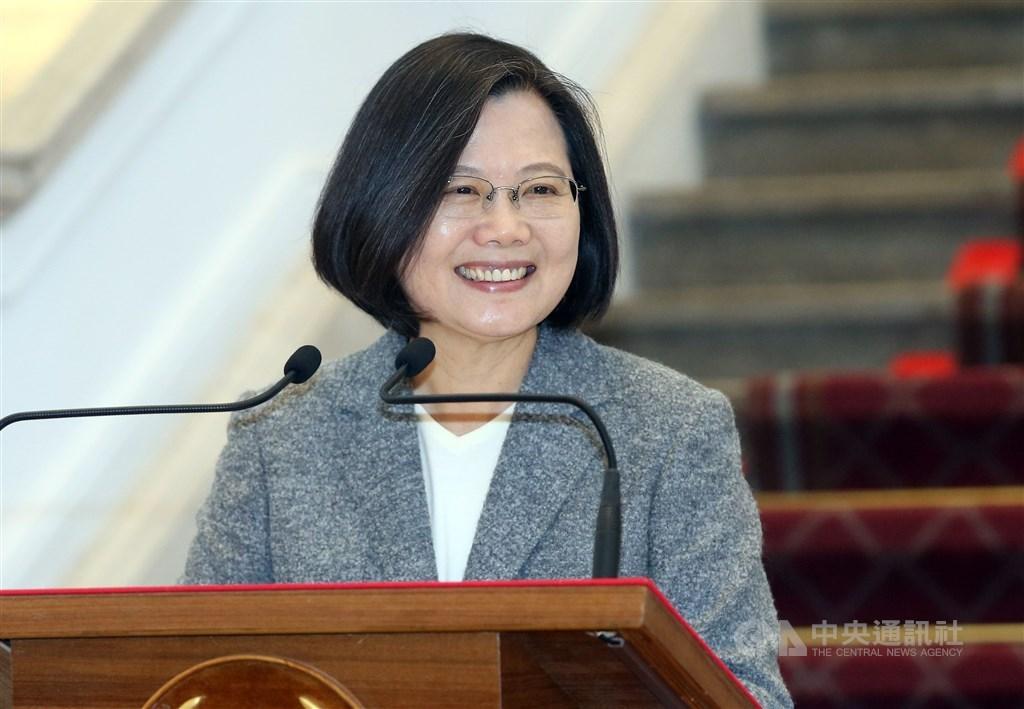 彭博公布各領域風雲人物的「彭博50」(Bloomberg 50)名單,總統蔡英文因台灣防疫成績亮眼上榜。(中央社檔案照片)