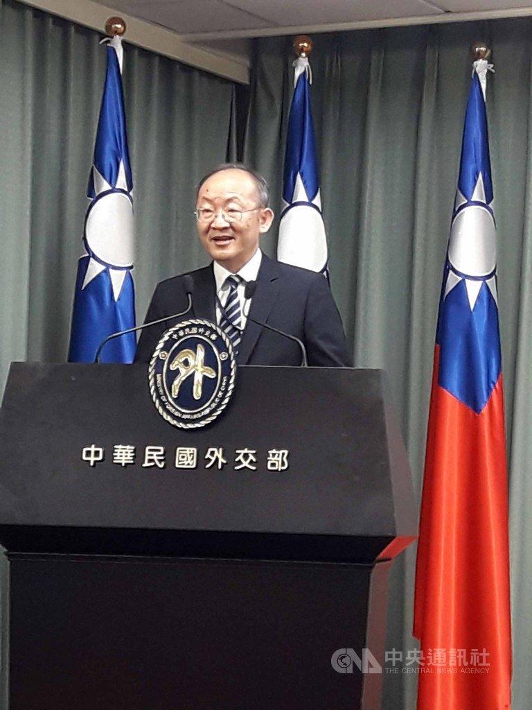 外交部國際組織司司長陳龍錦16日在例行新聞說明會回應媒體詢問時表示,有理由相信歐盟國家今年對於台灣參與國際組織的支持,會比往年更強。中央社記者范正祥攝 109年1月16日