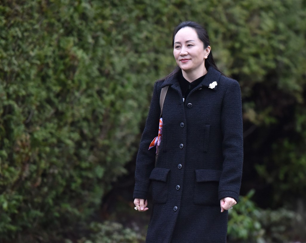 華為財務長孟晚舟引渡案20日在國際高度關注下,針對此案是否構成「雙重犯罪」展開為期4天的聽證會。(法新社提供)