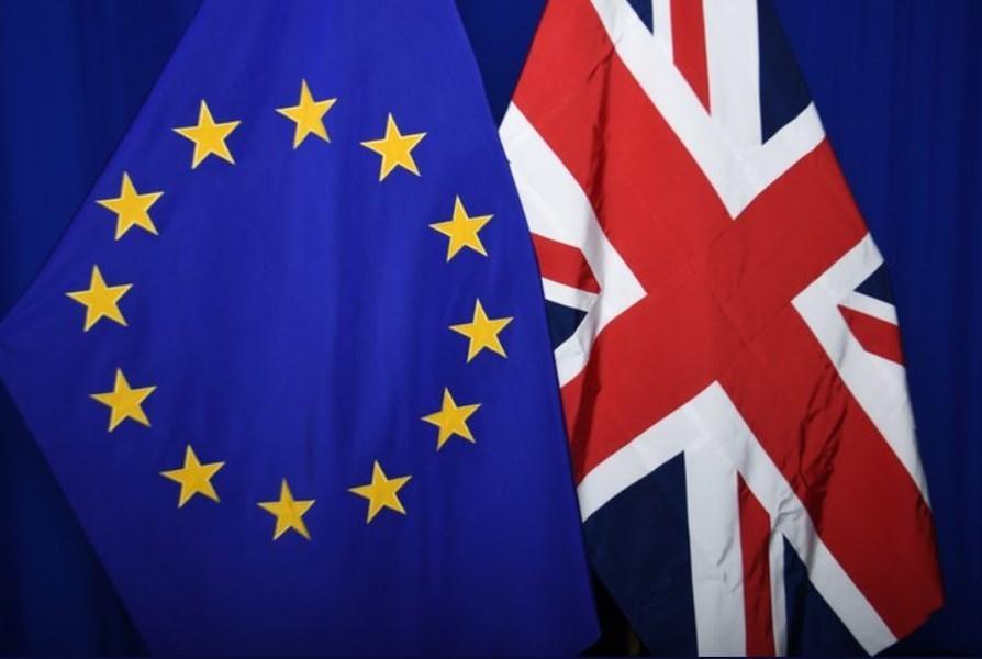 歷經數年激烈辯論,英國國會議員22日終於通過歷史性脫離歐盟的條款,在期限前9天完成立法程序。(圖取自twitter.com/EU_Commission)
