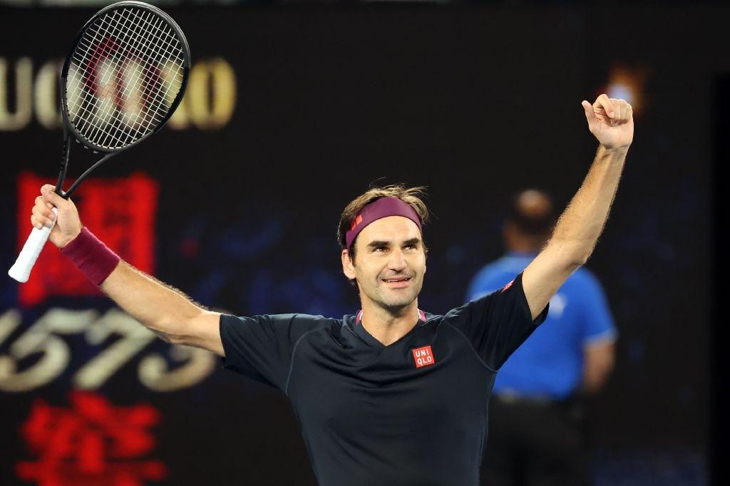 瑞士網球天王費德瑞(圖)24日在澳洲網球公開賽和地主選手米爾曼纏鬥5盤,最後驚險挺進男單16強。(圖取自twitter.com/australianopen)