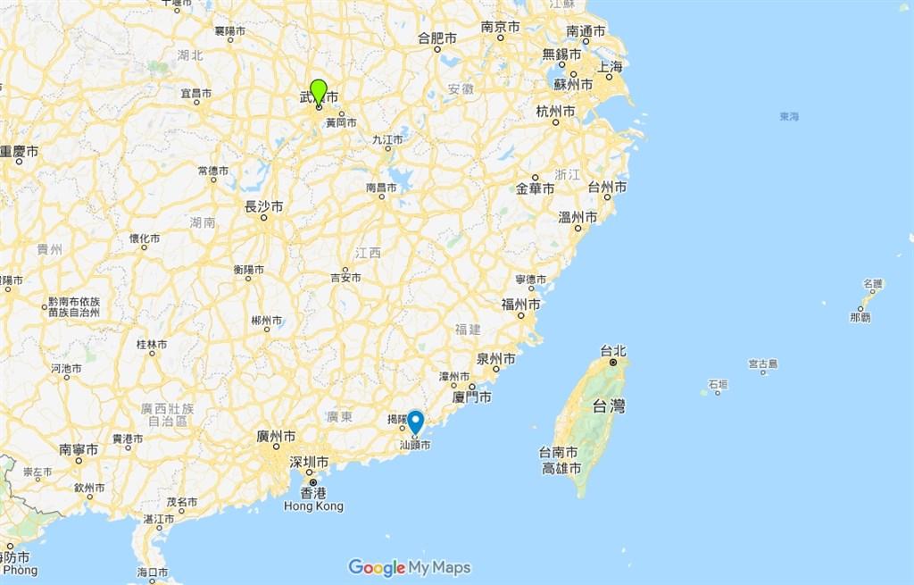 新型冠狀病毒引起的肺炎疫情在中國各省蔓延,廣東省汕頭市(藍標處)26日宣布下午交通管制,午夜後封城。(圖取自Google地圖網頁google.com/maps)