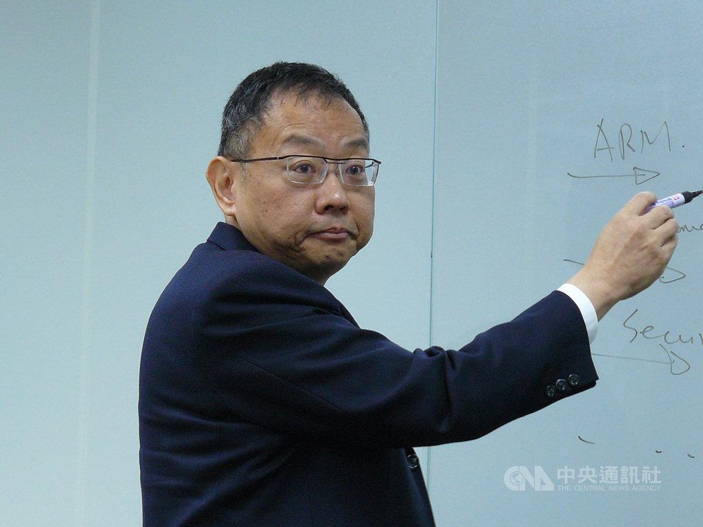 華邦電子董事長焦佑鈞經營理念改變,他表示,業績成長對企業非常重要,不能太保守,華邦電已經開啟購併雷達。中央社記者張建中攝 109年1月27日