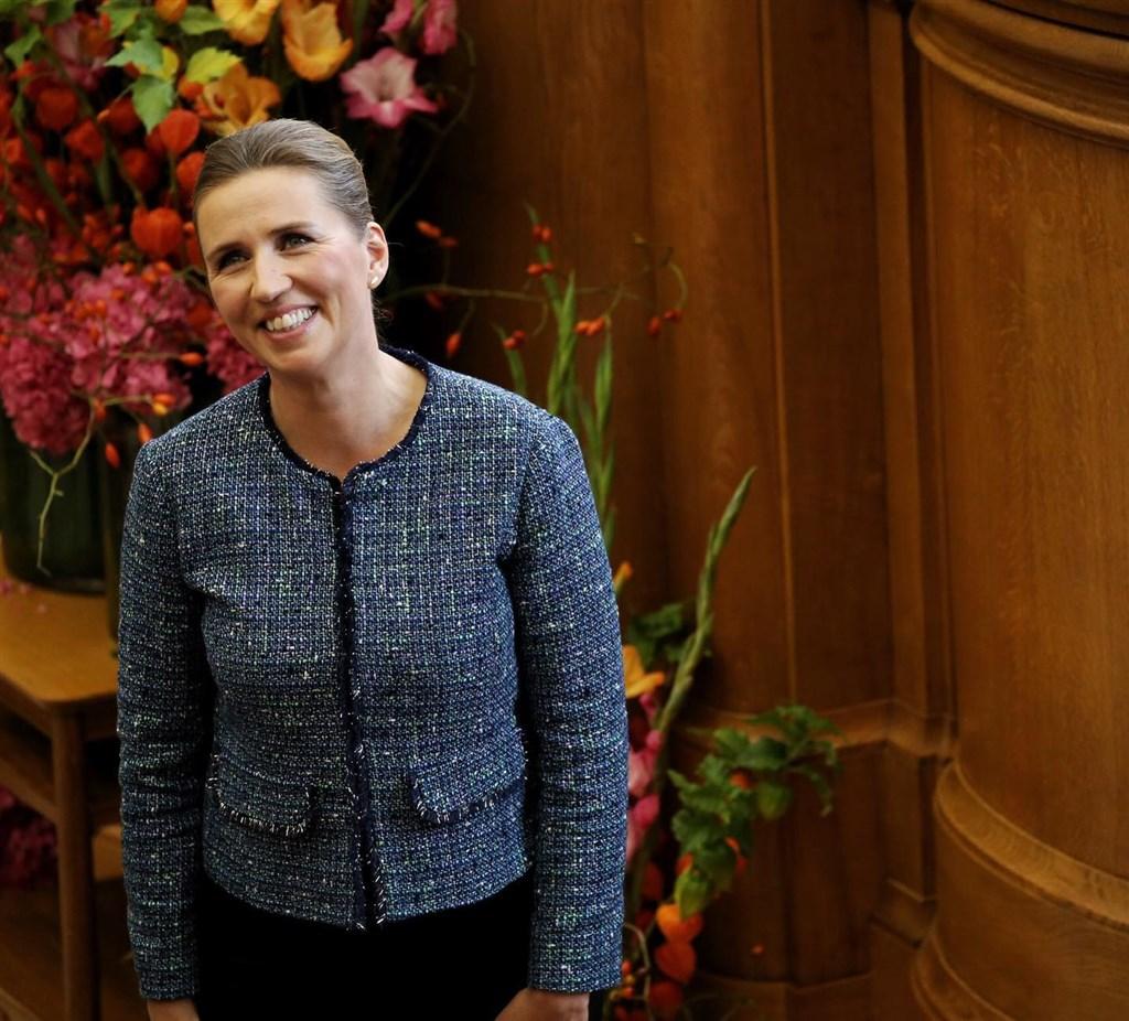 丹麥總理佛瑞德里克森(圖)28日首度回應北京要求「日德蘭郵報」為刊登諷刺漫畫道歉一事,她說:「丹麥擁有言論自由,也可以自由繪畫。」(圖取自facebook.com/mettefrederiksen.dk)