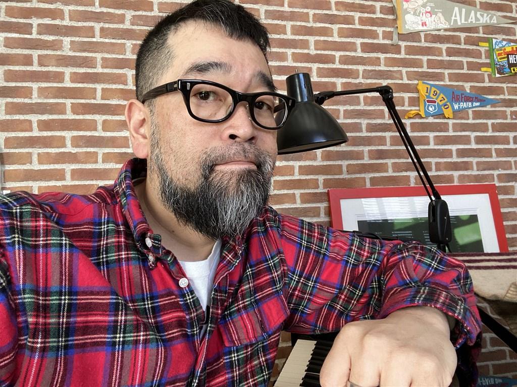 曾因暗藏毒品被判緩刑3年的日本歌手槙原敬之,13日再度因為涉嫌持毒被東京都警視廳逮捕。(圖取自twitter.com/daviechan)