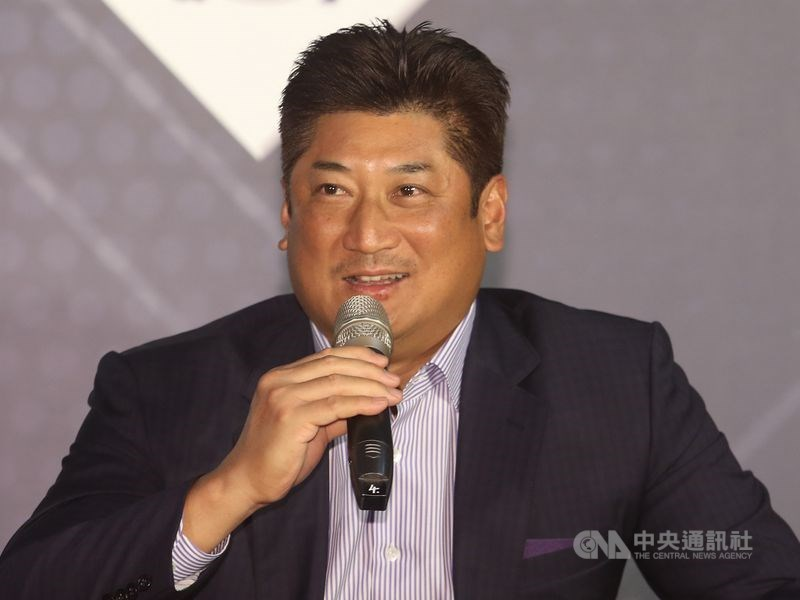中華棒球協會理事長辜仲諒涉案被限制出境,因參加3月在瑞士舉行的「世界棒壘球總會新總部落成典禮」,聲請暫時解除限境。(中央社檔案照片)