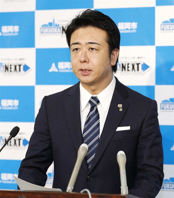 日本福岡市長高島宗一郎20日表示,一名住在福岡市的60多歲男性確診感染武漢肺炎。(共同社提供)